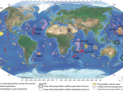 The BGR provides high resolution data for the Pacific and Indian Oceans
